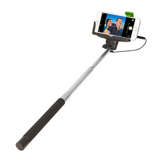 use selfie stick